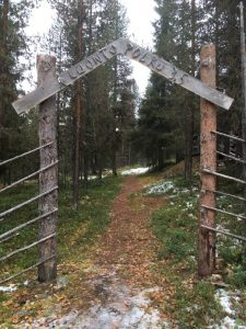 Tepasto nature trail gate