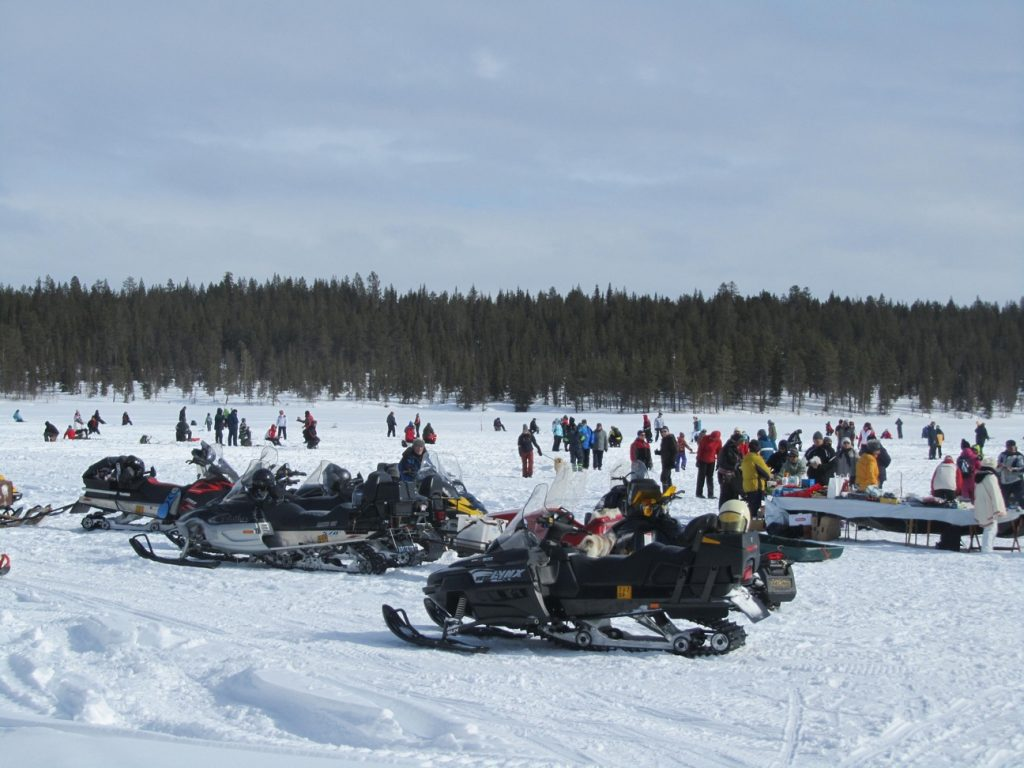 Ice fishing competition