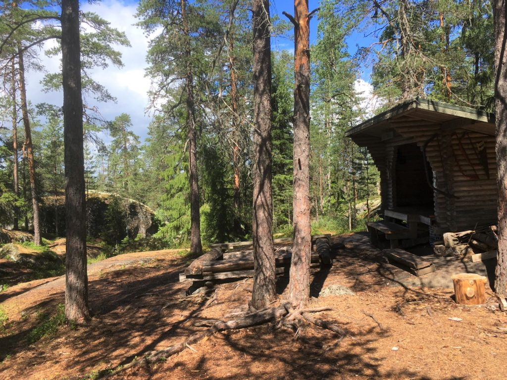 Marttila wilderness trails Lotikko lean-to shelter