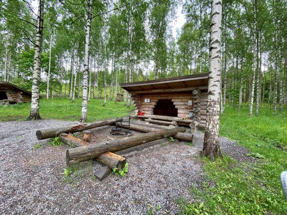 Lean-to shelters Pääkslahti Puumanni