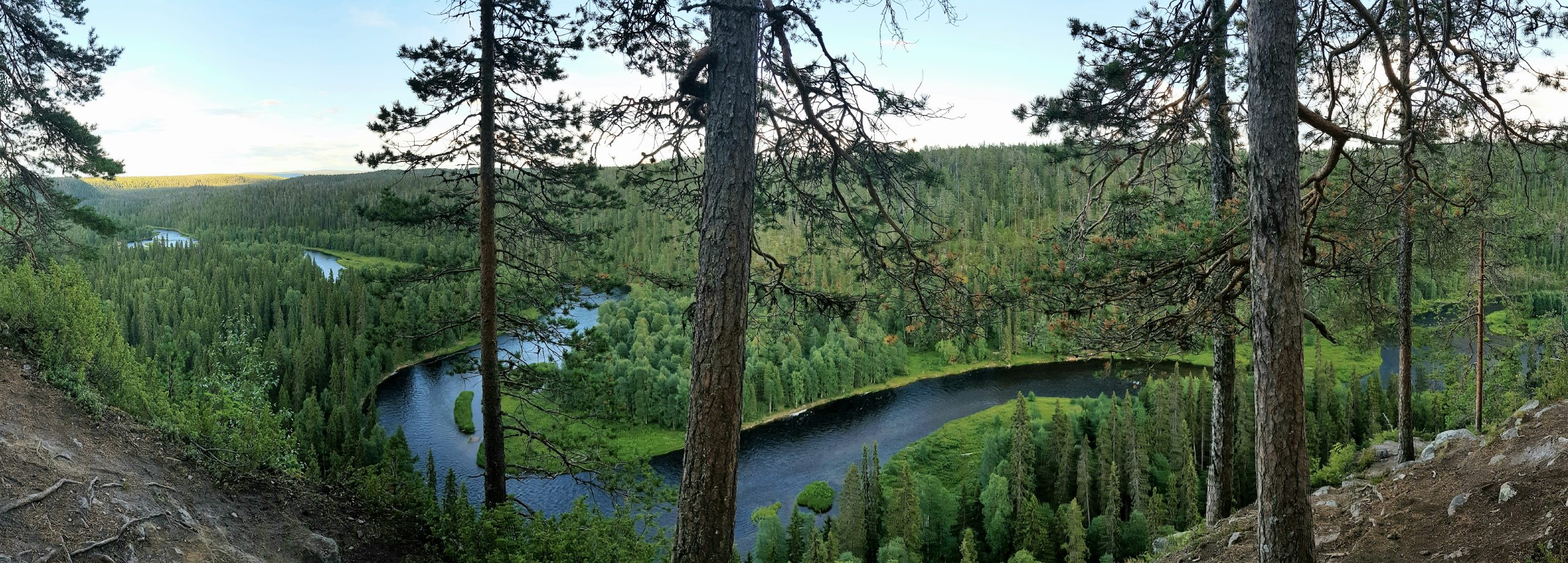 Incredible views over Oulanka National park and Pähkänänkallio
