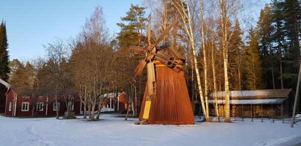 Törnävänsaari Seinäjoki tuulimylly historialliset rakennukset windmill historical buildings
