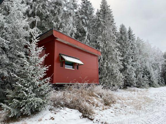 Deer hunting cabin