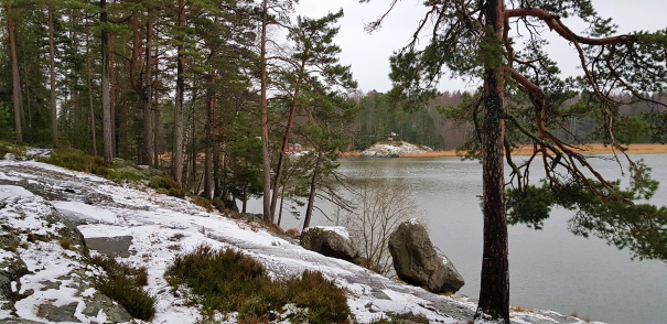 Meri-Rastilan lahtipolku. The bay trail of Meri-Rastila. Vartiokylänlahti.
