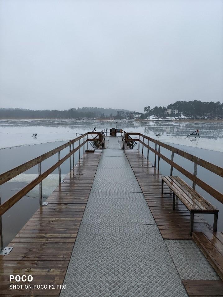 Ice swimming deck