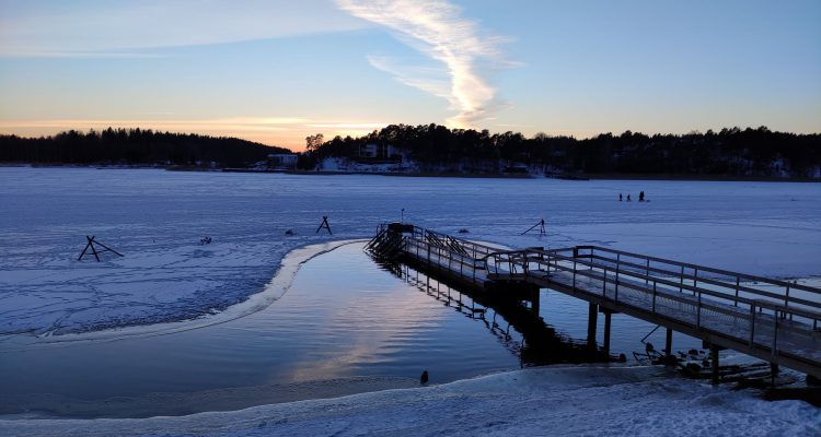 Ice swimming in Turku Finland 1