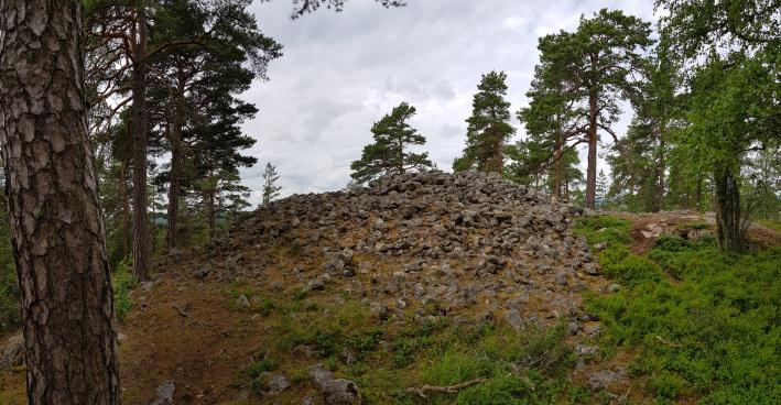 Viitankruunu Viitanmäki Salo hiidenkiuas muinaishauta burial mound heap tomb
